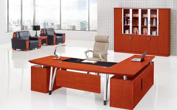 摆放风水:办公桌选择