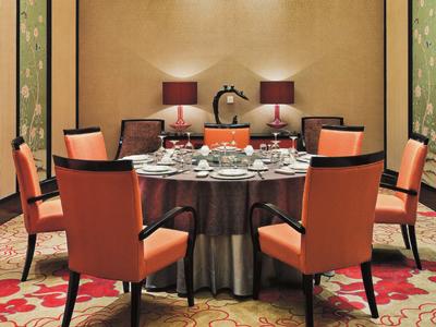 酒店餐桌椅-1